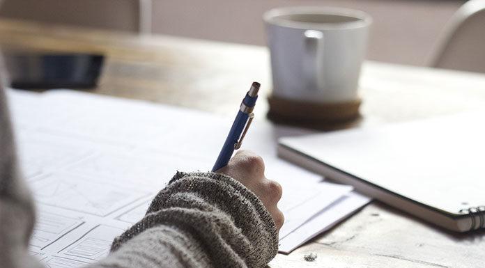 Na co zwrócić uwagę zawierając umowę o pracę?