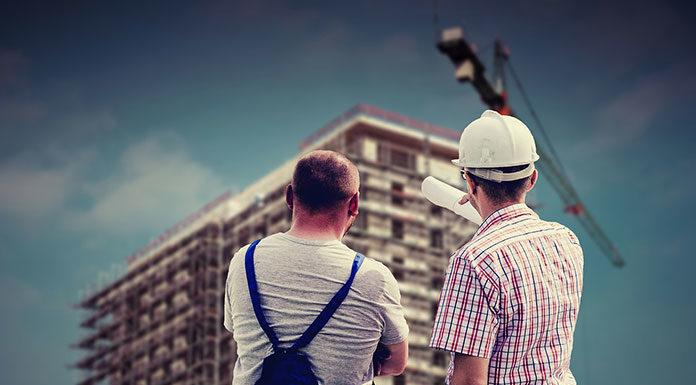 Ogłoszenia w internecie z pracą na budowie